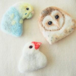ブローチ風羊毛フェルト絵の鳥シリーズ