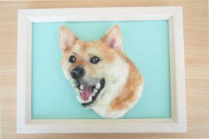 羊毛フェルトブローチの柴犬
