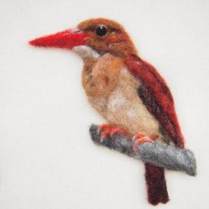 羊毛フェルトブローチの野鳥アカショウビン